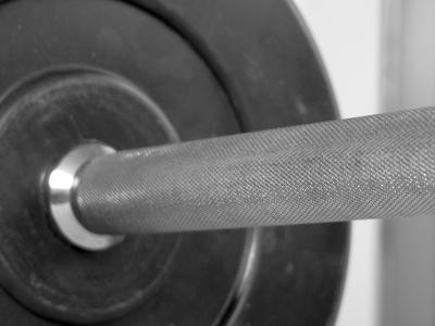 Kniebeugen für starke Beine und einen starken Körper. Techniktipps.